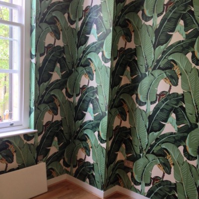 Installing American Handprinted Wallpaper, Fulham Broadway, London
